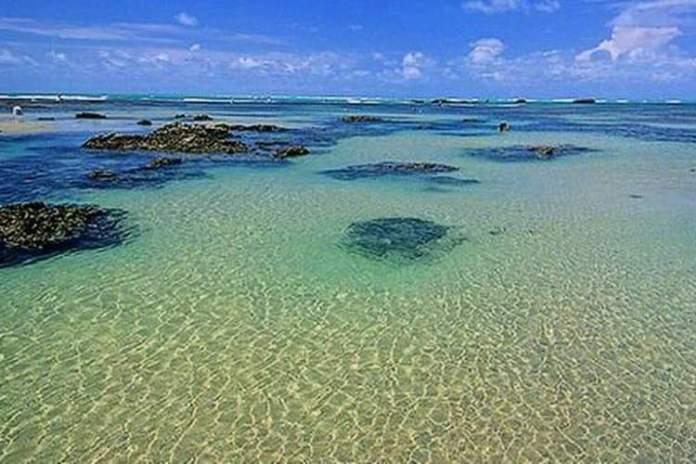 Praia de Flecheiras é uma das praias mais bonitas do Ceará