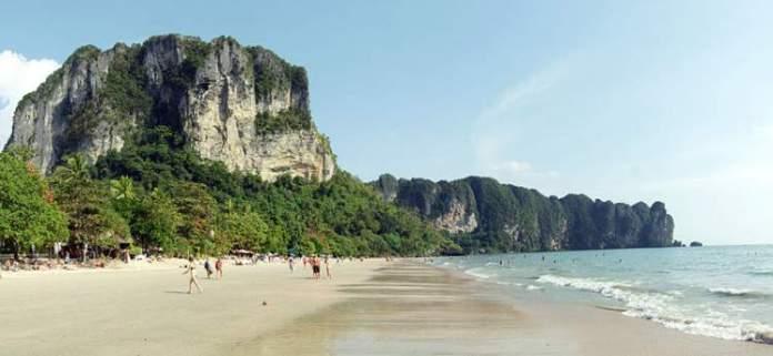 Praia de ao Nang Tailândia