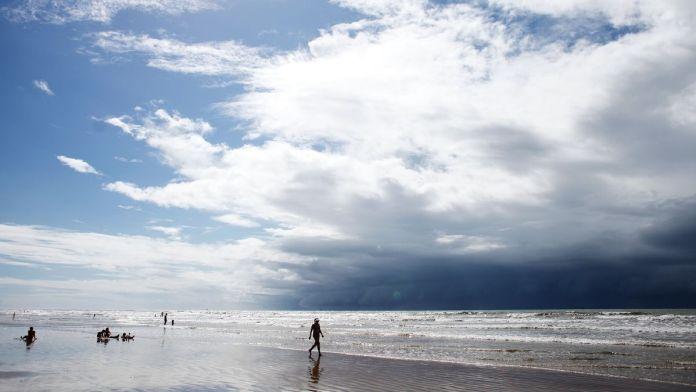 Praia de Jatobá é uma das praias mais bonitas de Sergipe