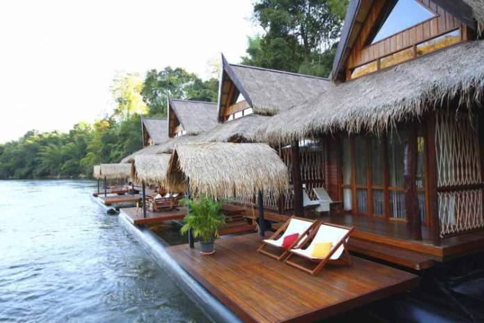 Float House River Kwai Resort, Tailândia é um dos hotéis flutuantes ao redor do mundo