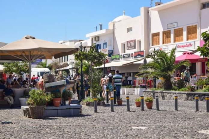Santorini Comércio vasto