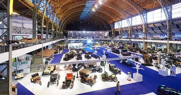 Conhecer o museu Autoworld é uma das dicas de o que fazer em Bruxelas