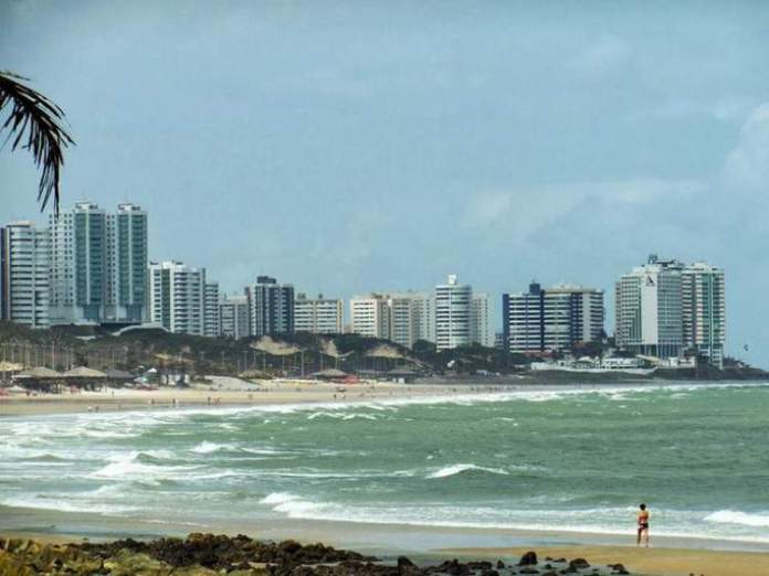 Visitar a praia São Marcos é uma das dicas de o que fazer em São Luís