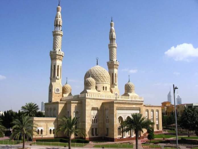 Mesquita Jumeirah é uma das principais atrações turísticas em Dubai