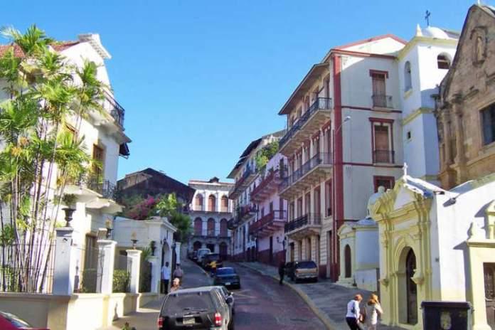 Visitar o Casco Antiguo é uma das dicas de o que fazer no Panamá