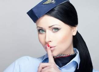 segredos que os comissários de voo não revelam aos passageiros capa
