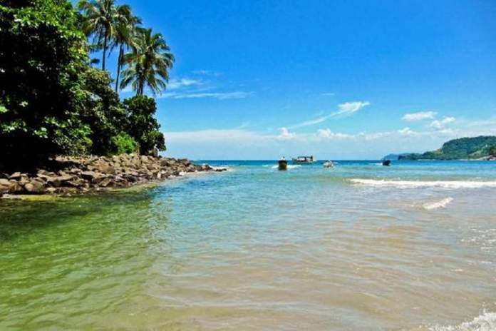 Barra do Sahy em São Paulo é um dos melhores destinos para viajar em dezembro