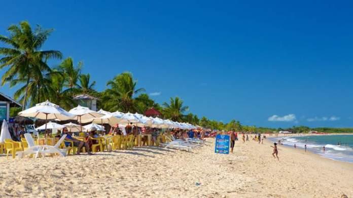 Praia de Taperapuã é uma das 12 praias mais bonitas de Porto Seguro