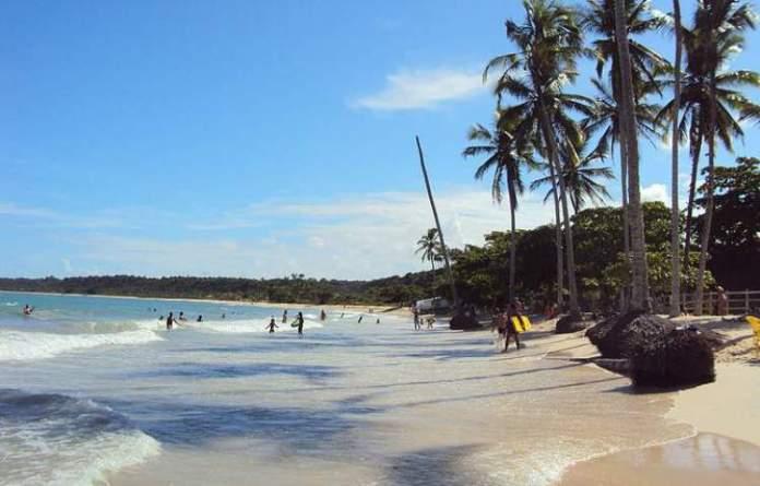 Praia dos Nativos é uma das 12 praias mais bonitas de Porto Seguro