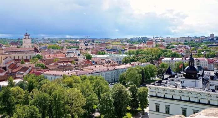 Vilnius na Lituânia é uma das cidades mais baratas para turistas visitarem