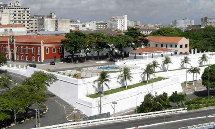 Fortaleza Nossa Senhora da Assunção é um dos Lugares incríveis em Fortaleza