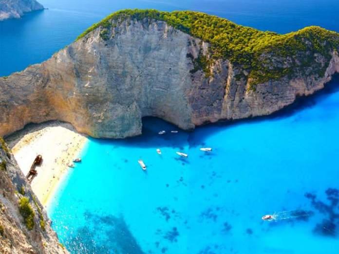 Grécia é um dos destinos mais baratos para viajar em fevereiro