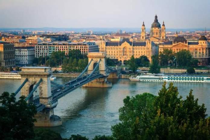 Hungria é um dos destinos mais baratos para viajar em fevereiro