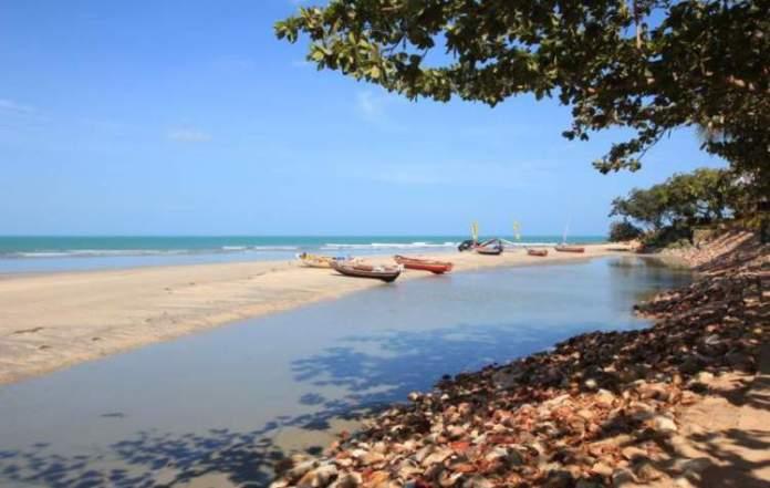 Praia das Conchas é uma das praias mais bonitas de Jericoacoara