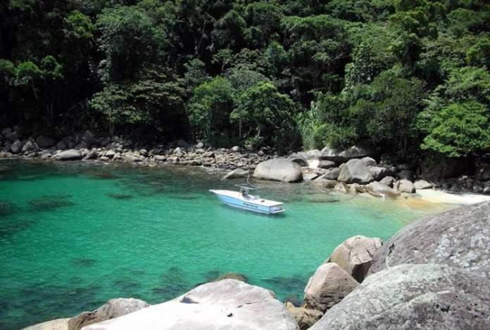 Praia do Caxadaço é uma das melhores praias de Ilha Grande