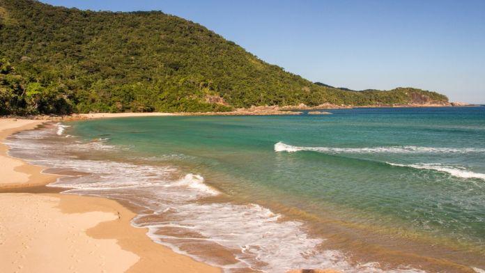 Praia de Antigos e Antiguinhos são Praias tranquilas e bonitas para férias de verão