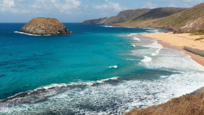 Praia do Leão é uma das Praias tranquilas e bonitas para férias de verão