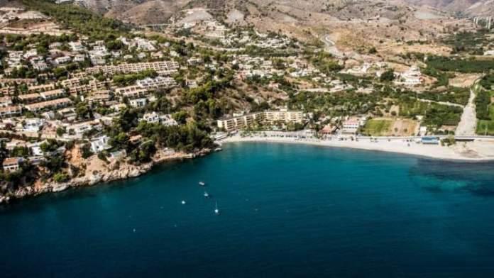 La Herradura é uma das melhores praias da Espanha