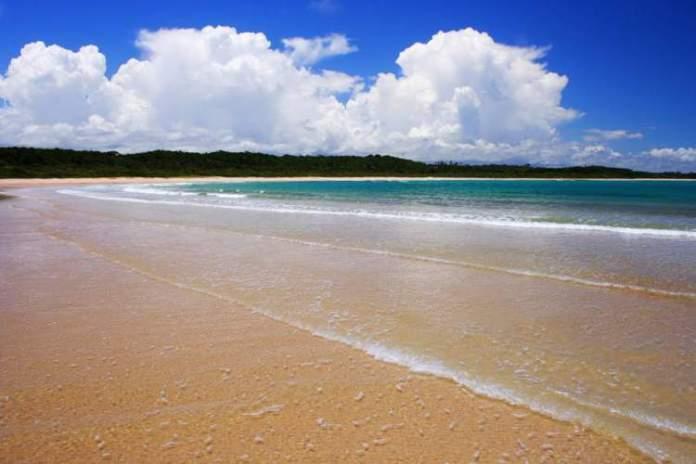 Ponta de Itaquena é uma das melhores praias e piscinas naturais da Bahia