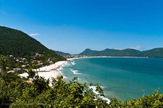 Praia do Rio das Pacas é uma das praias mais paradisíacas de Florianópolis