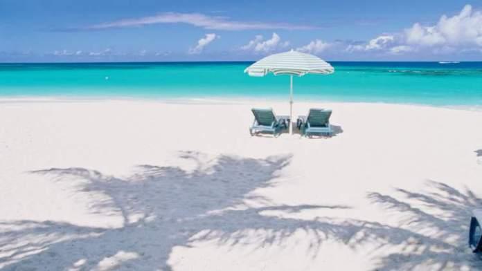 Shoal Bay em Anguilla, é uma das praias mais paradisíacas do Caribe