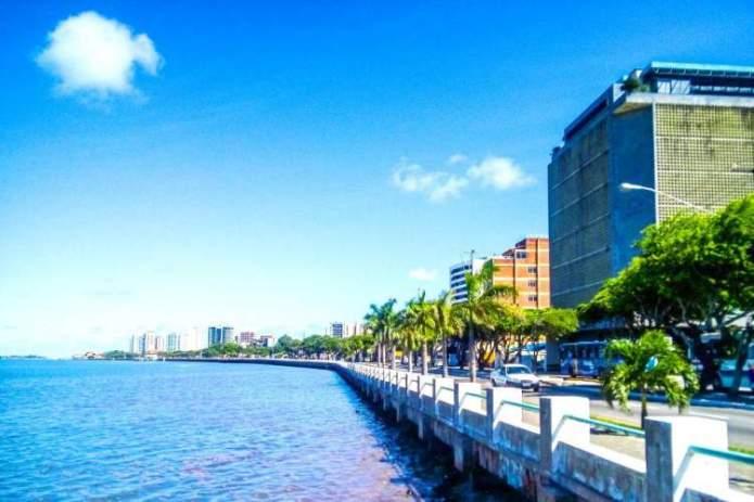 Aracaju é um dos destinos para viajar barato pelo Brasil