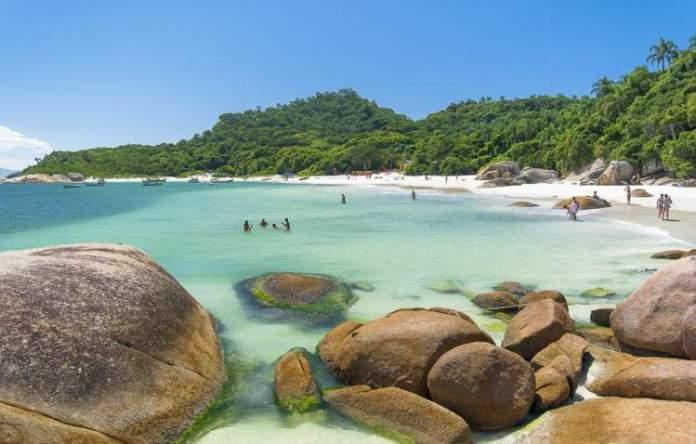 Ilha do Campeche é uma das praias mais paradisíacas de Santa Catarina