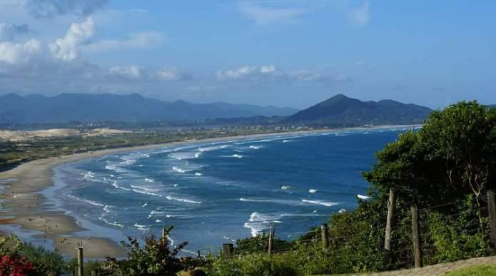 Imbituba é um dos destinos para viajar barato pelo Brasil
