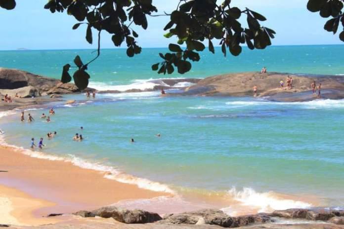 Praia dos Namorados é uma das melhores praias de Guarapari