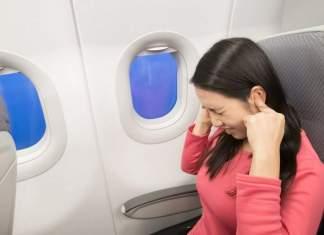 Como evitar a dor de ouvido no avião capa