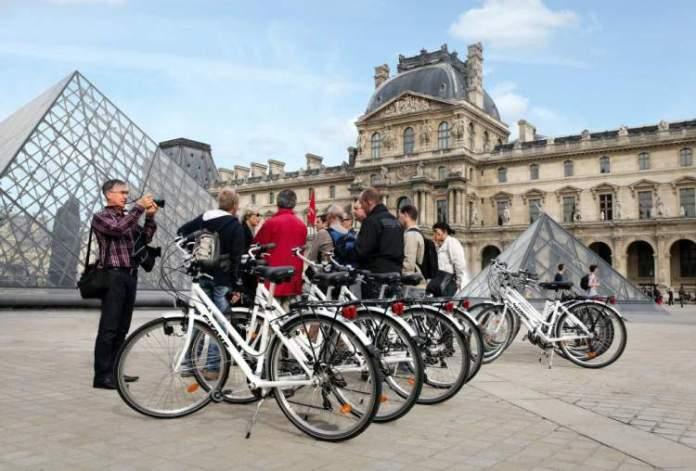 Fazer Tour de Bicicleta quando Viajar à Paris