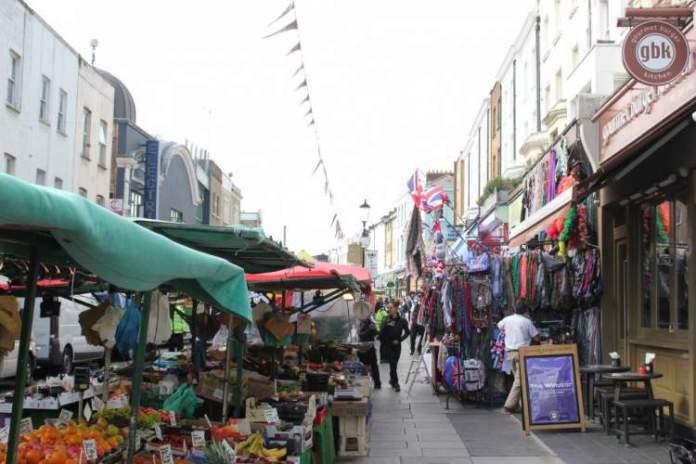 Feira de Portobello Road é uma das Atrações Gratuitas em Londres