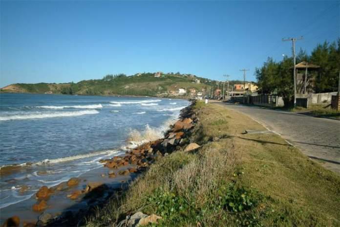 Praia da Ribanceira é uma das melhores praias de Imbituba
