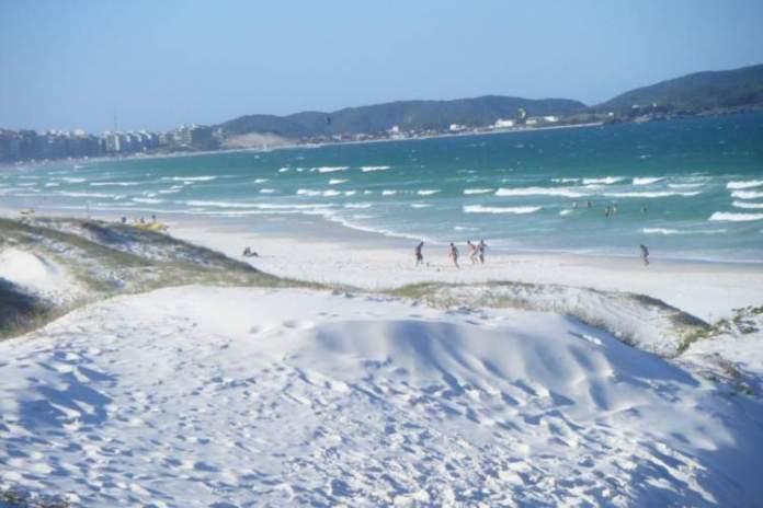 Praia das Dunas é uma das melhores praias de Cabo Frio