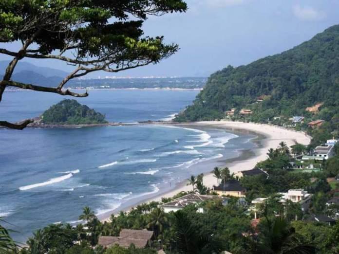 Praia do Iporanga é uma das melhores praias do Guarujá