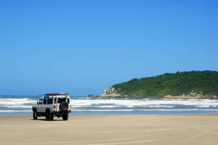Praia do Luz é uma das melhores praias de Imbituba