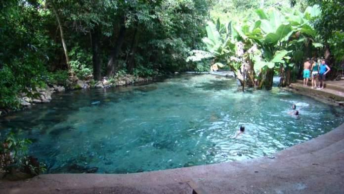 Rio Azuis é um dos lugares impressionantes no Tocantins