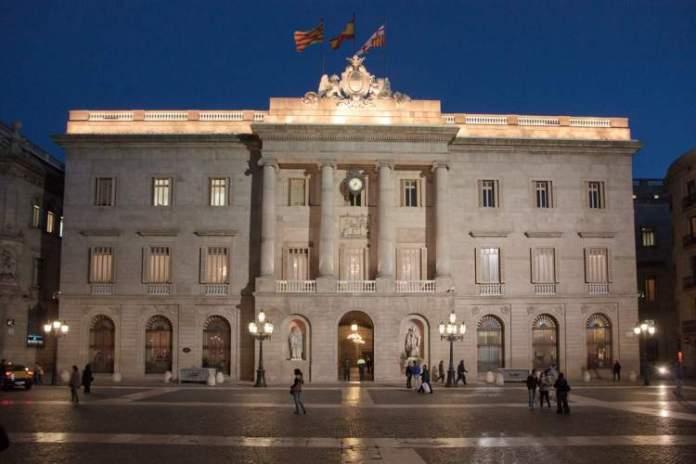 Ayuntamiento é uma das atrações gratuitas em Barcelona
