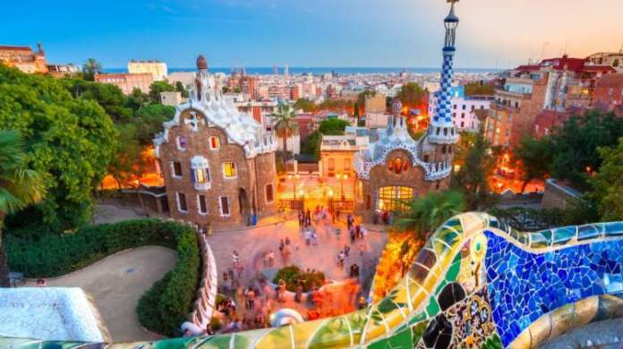 Conhecer o idioma é uma das dicas para quem vai viajar a Barcelona
