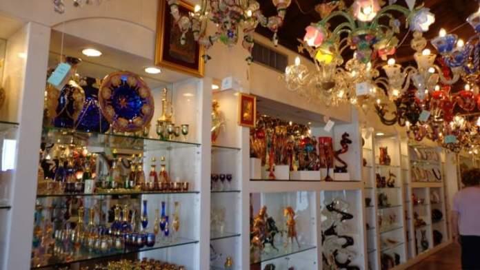 Fazer Compras é uma das dicas para quem vai viajar a Veneza