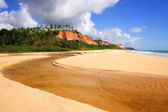 Praia de Taípe é uma das Praias mais lindas de Porto Seguro e arredores