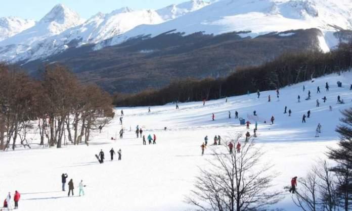 Ushuaia na Argentina é um dos destinos de esqui na América do Sul
