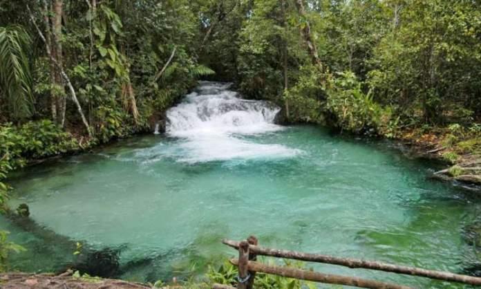 Cachoeira do Formiga é um dos Destinos no Brasil com Águas Cristalinas