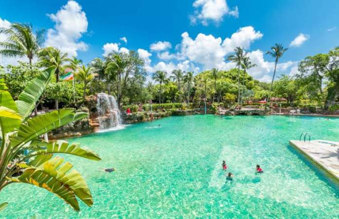 Coral Gables Venetian Pool tem uma das Maiores Piscinas do Mundo