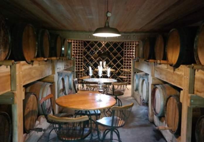 Fabricação de vinho em Santana dos Montes