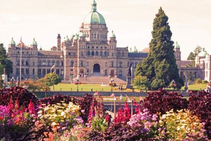 Victoria é um dos lugares impressionantes no Canadá