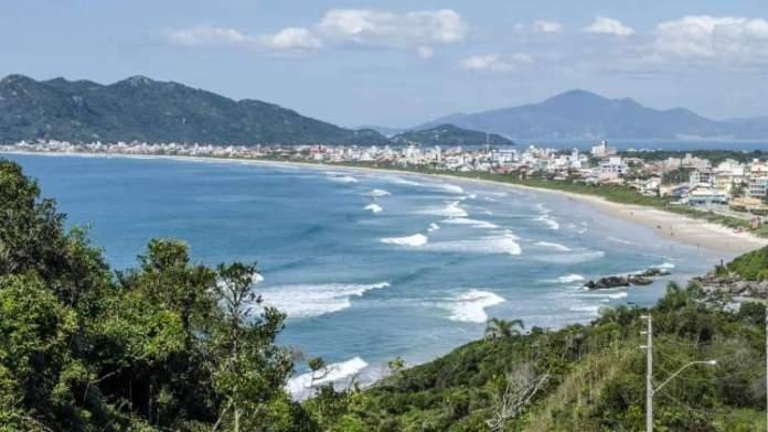 Mariscal é uma das melhores praias de Bombinhas