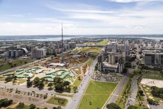 Brasília é um dos destinos no Brasil baratos para viajar nas férias