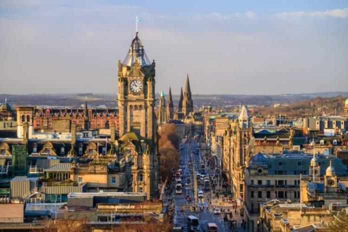 Edimburgo é um dos destinos para viajar em maio 2019