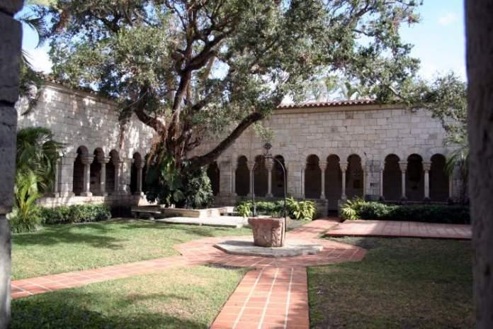 Monastério de St. Bernard de Clairvaux em Miami